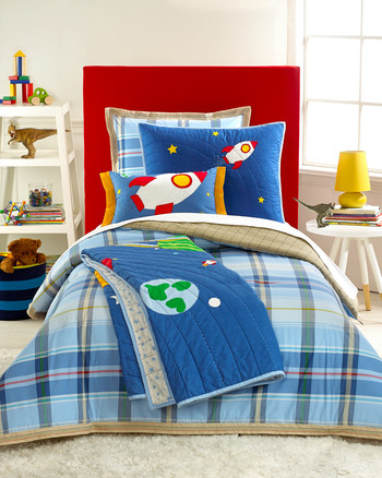 msmacys-eastershop-kids-actionplaidbedding-0215.jpg