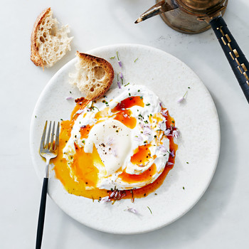 poached eggs with yogurt spicy butter