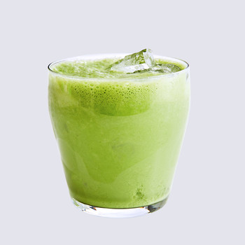 watercress-buttermilk cooler served in a glass
