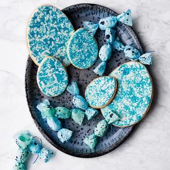 Sponge-Painted Easter Egg Cookies