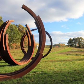 the-fields-sculpture-garden-arcs-of-disorder