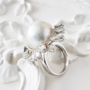 How to Keep Pearls Looking Clean and White