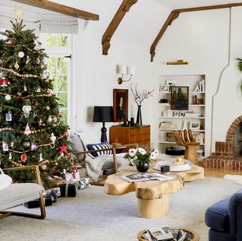 emily henderson holiday decorating