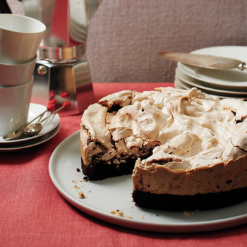 Peppermint-Meringue Brownie Cake