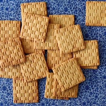 honey cookies martha bakes patterned