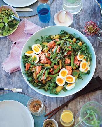 shelter-island-home-salad-eggs-salmon-peas-10-005-d111623.jpg