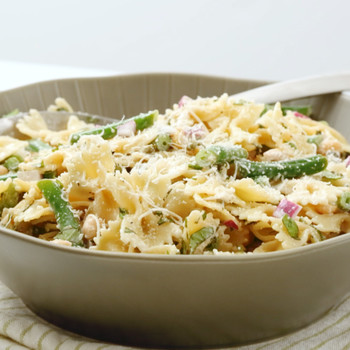 Watch: Pasta Salad with Chickpeas, Green Beans, and Basil