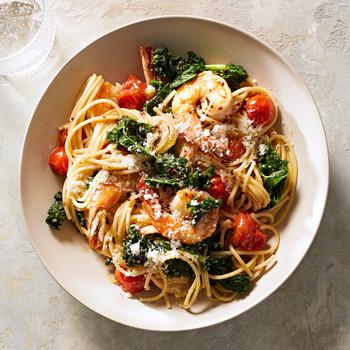 Spaghetti with Shrimp, Kale, and Burst Tomatoes