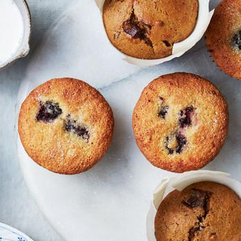 Gluten-Free Blackberry-Cornmeal Muffins