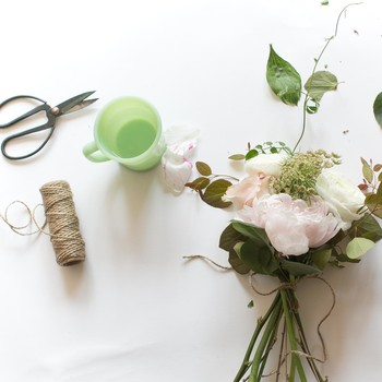 How to Put Together Your Own Mother's Day Bouquet