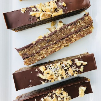 dark chocolate-walnut bars