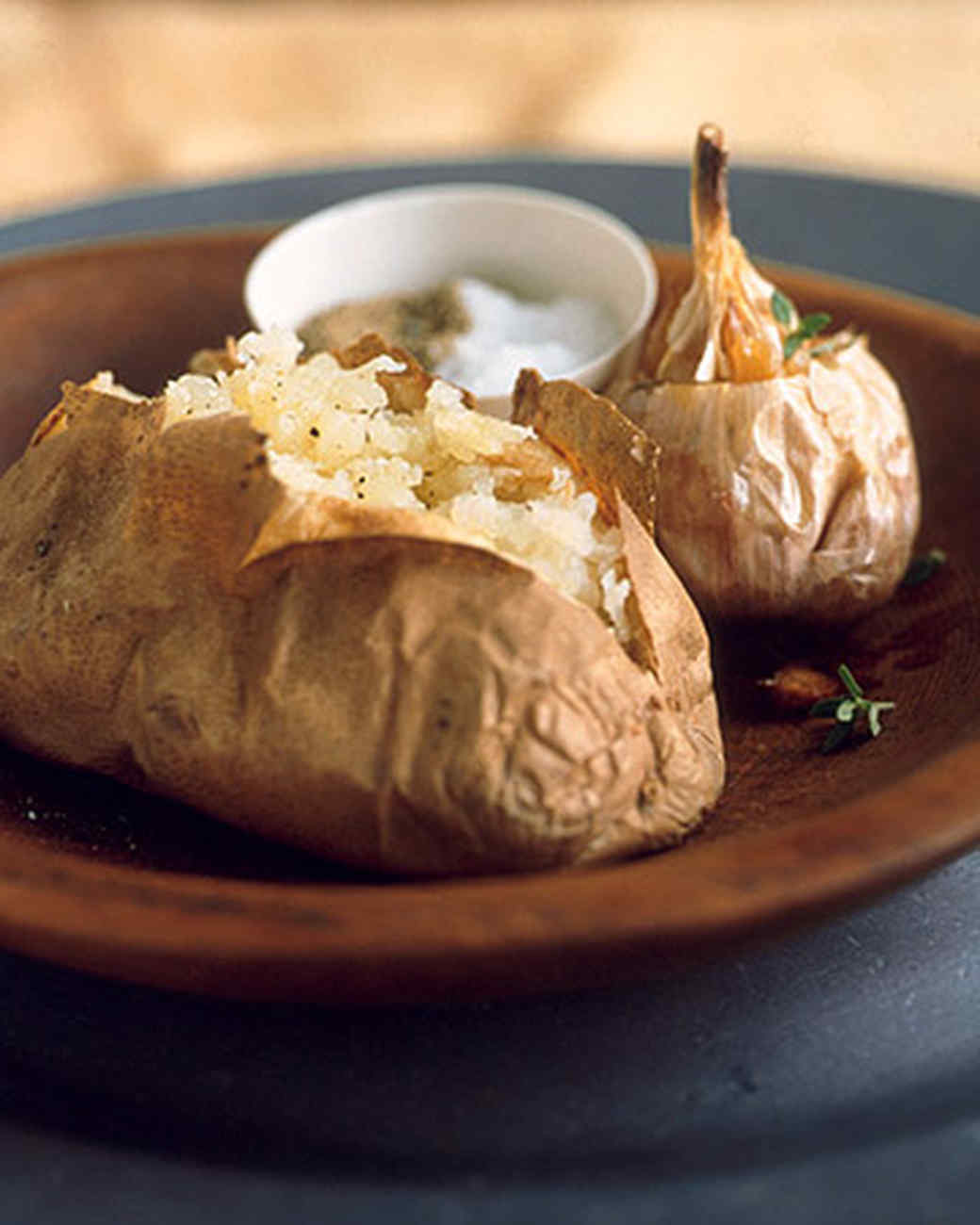 Baked Potatoes with Roasted Garlic