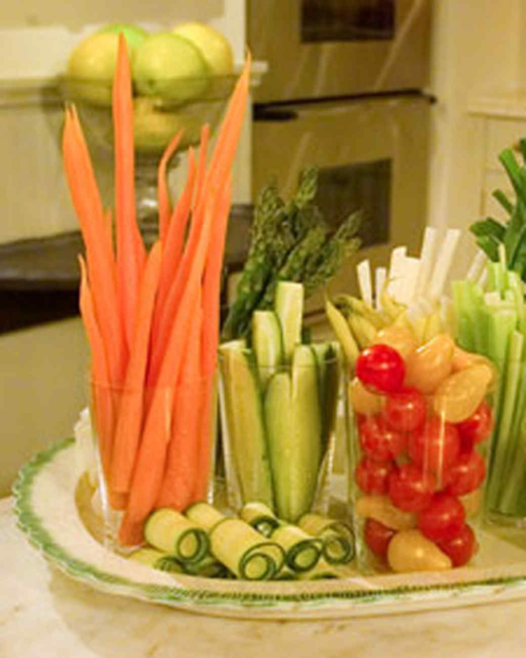 Crudites with Buttermilk Peppercorn Dip