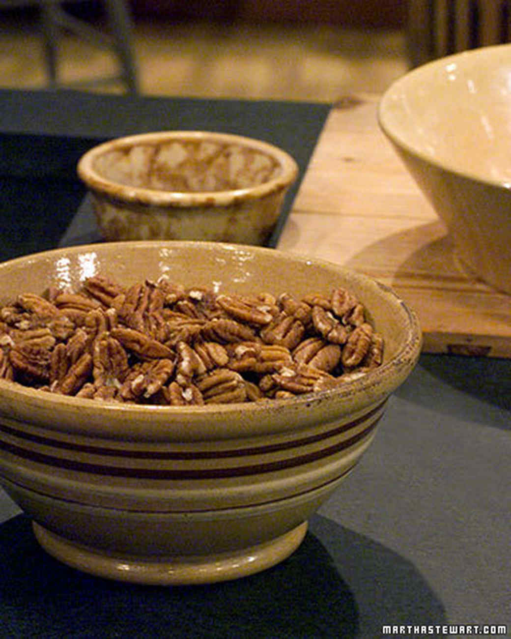 Ginger Scented Pecans