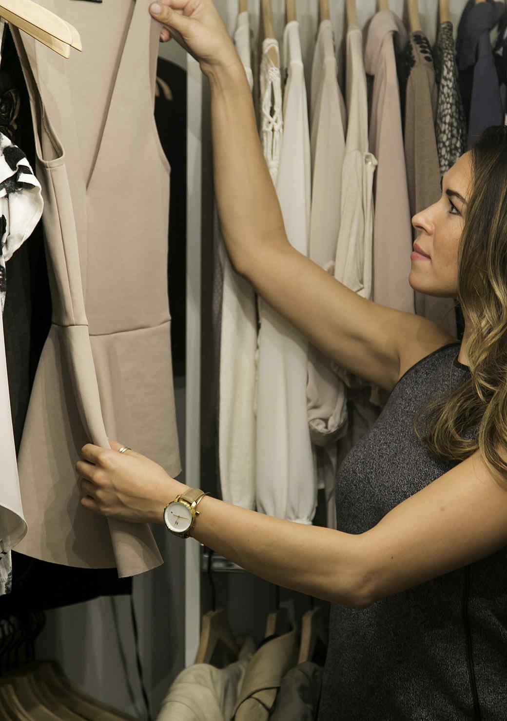 How to Maximize Your Closet Space (It's All in the Design!)