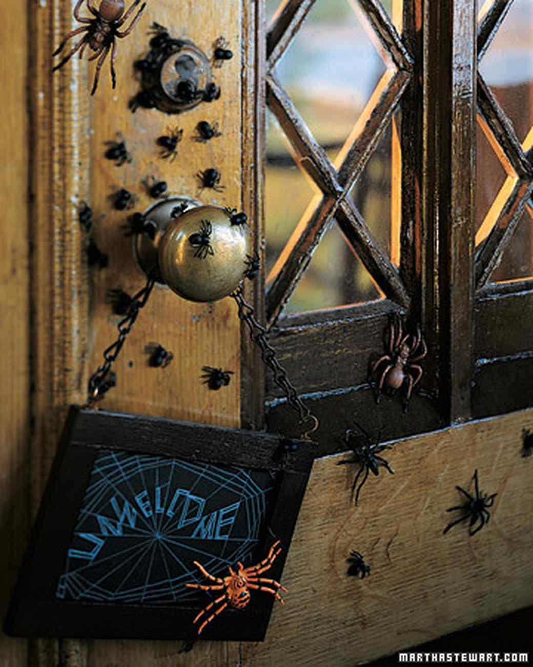 Outdoor halloween decorations martha stewart - Adornos de halloween ...