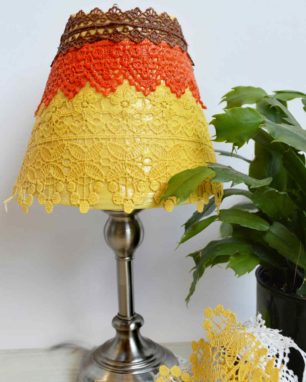 decoupage-lamp.jpg