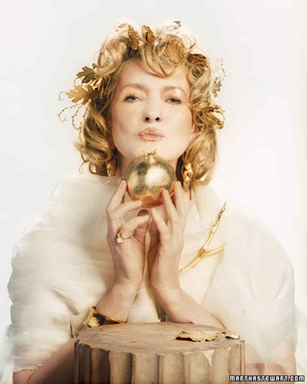 Golden Goddess Makeup Behind the Scenes