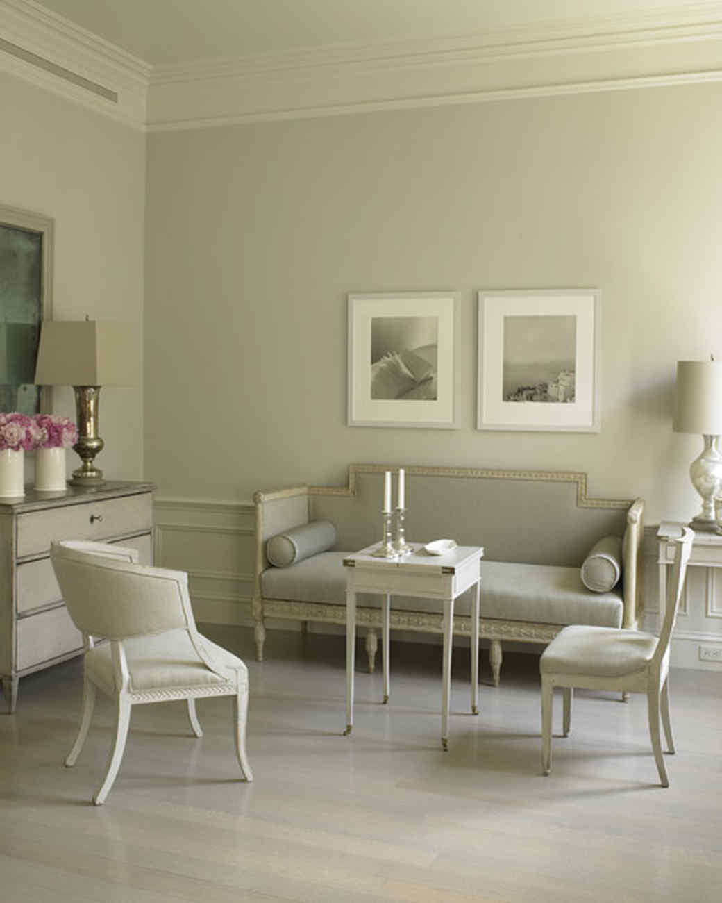 Home Tour: A Gray and Graceful Apartment | Martha Stewart