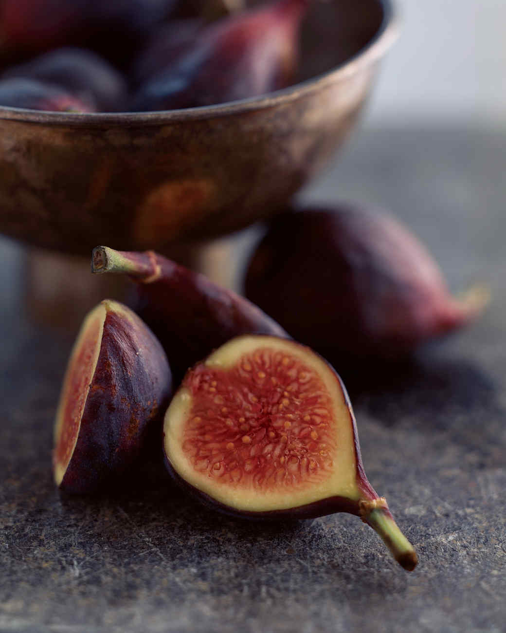 Fresh Figs with Mascarpone and Warm Spiced Honey
