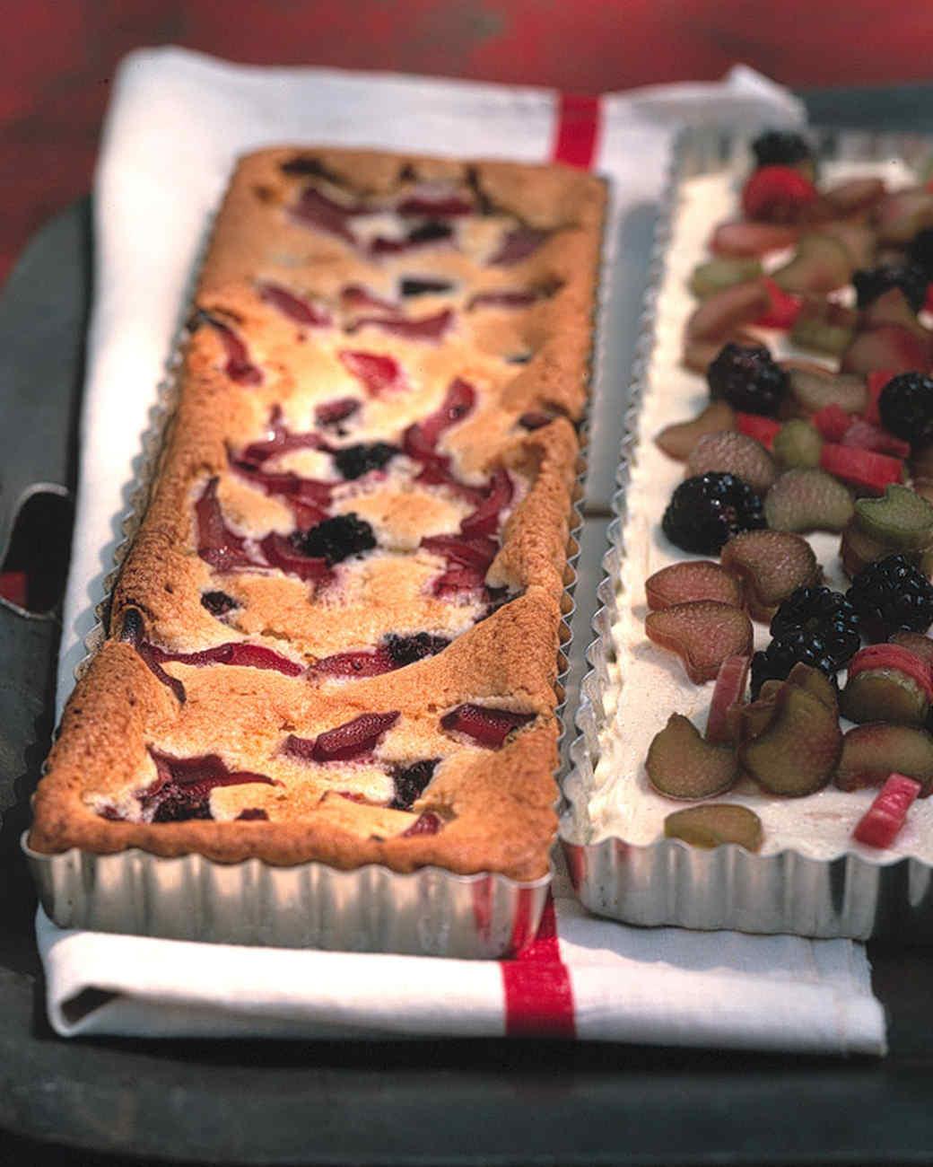Rhubarb and Blackberry Snack Cake