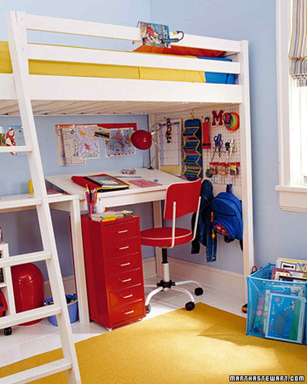 Organized kids 39 spaces martha stewart for Space saver kids room