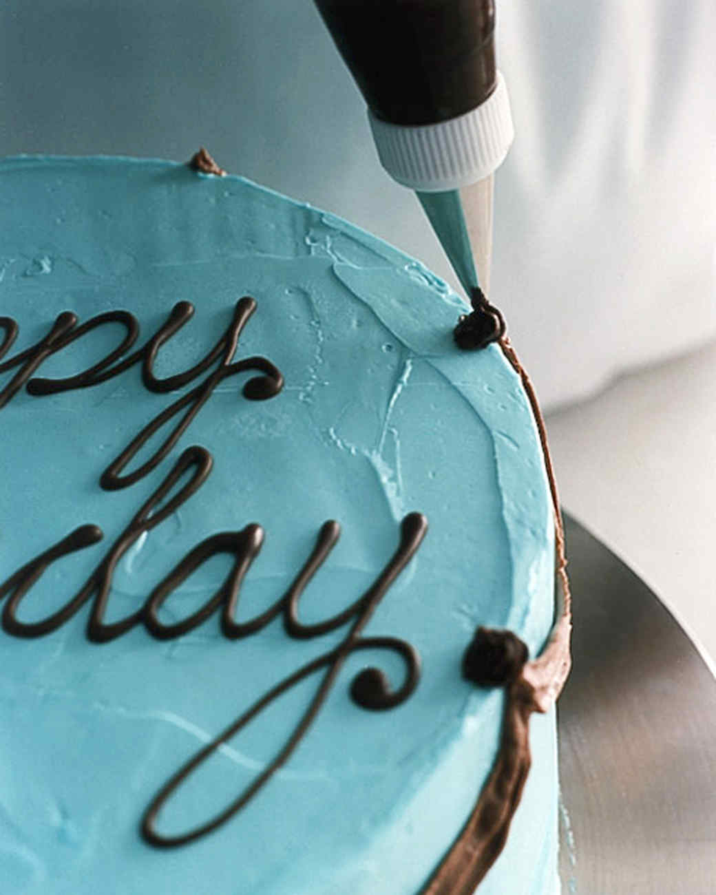 expository essay on how to bake a cake Type: expository essay how to make a simple birthday cake have you ever wanted to bake a birthday cake for a loved one well, here is an explanation of how to make a simple birthday cake with only a few required ingredients.