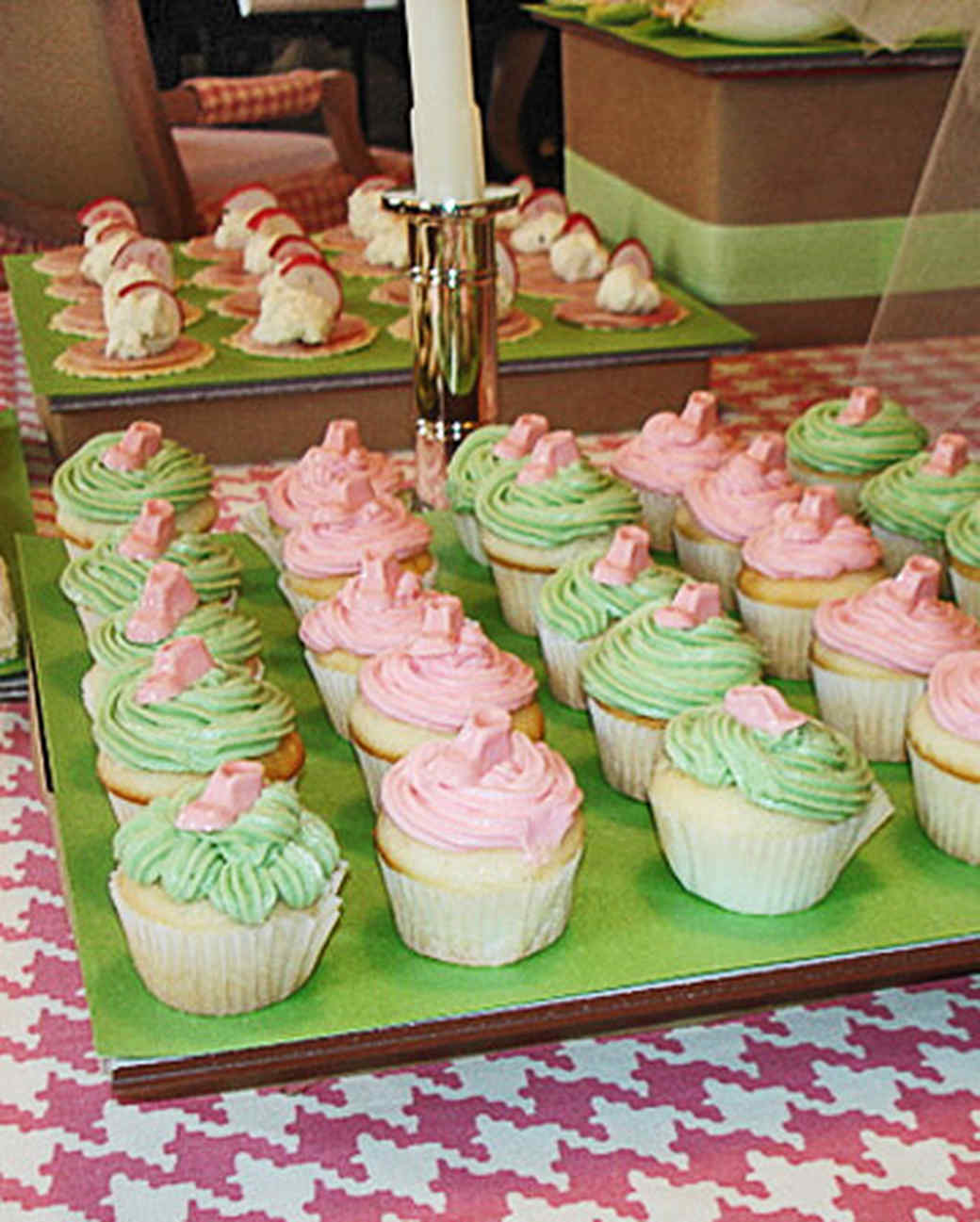 Good Pink And Green Cupcakes