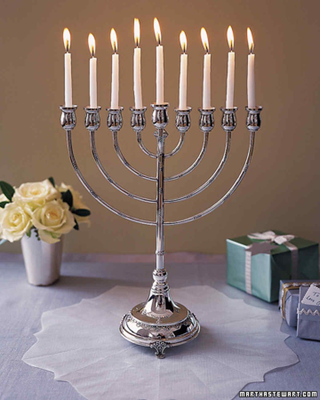 Hanukkah crafts and decorations martha stewart m4hsunfo
