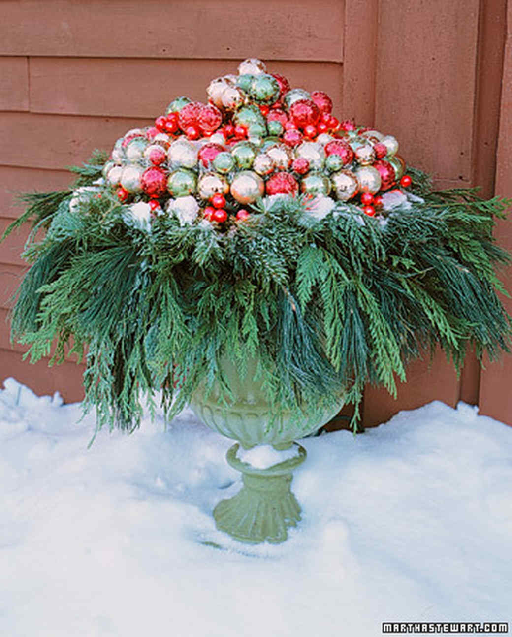 quick christmas decorating ideas martha stewart - Outdoor Christmas Planter Decorating Ideas