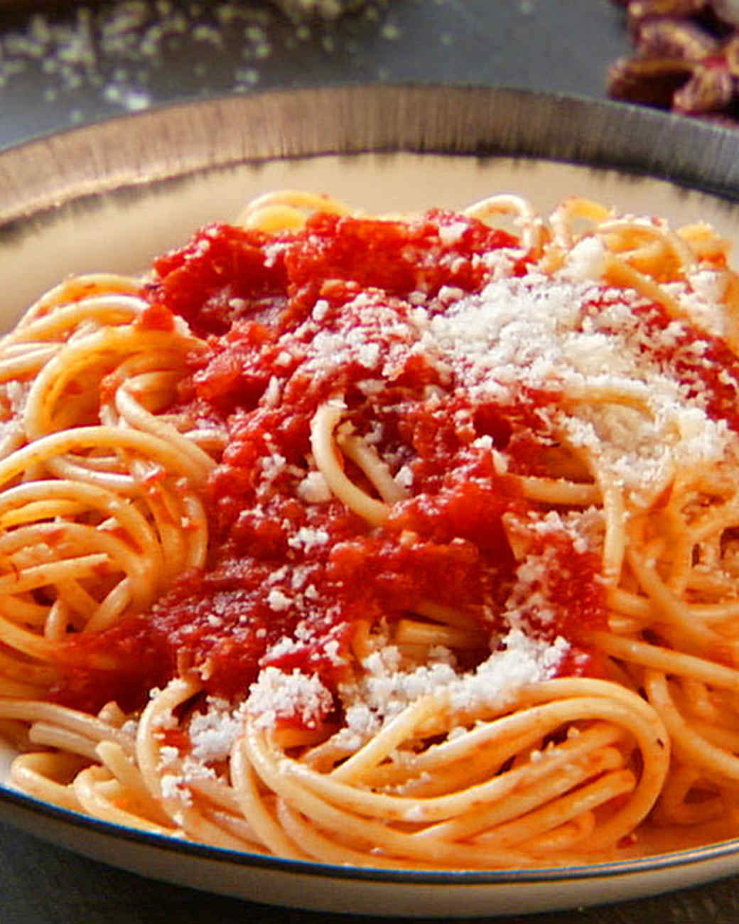 12 Classic Italian Pasta Recipes Everyone Should Know How