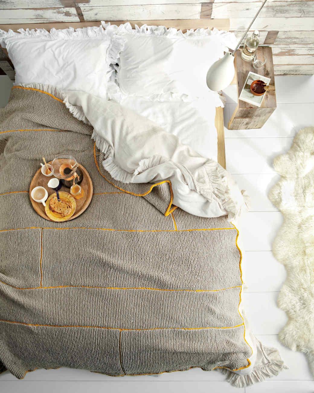 wool-bed-md107386.jpg
