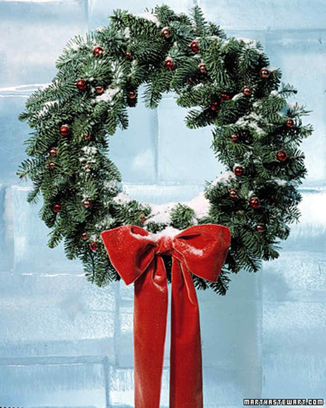 Charming Christmas Wreath Ideas Part - 13: Martha Stewart