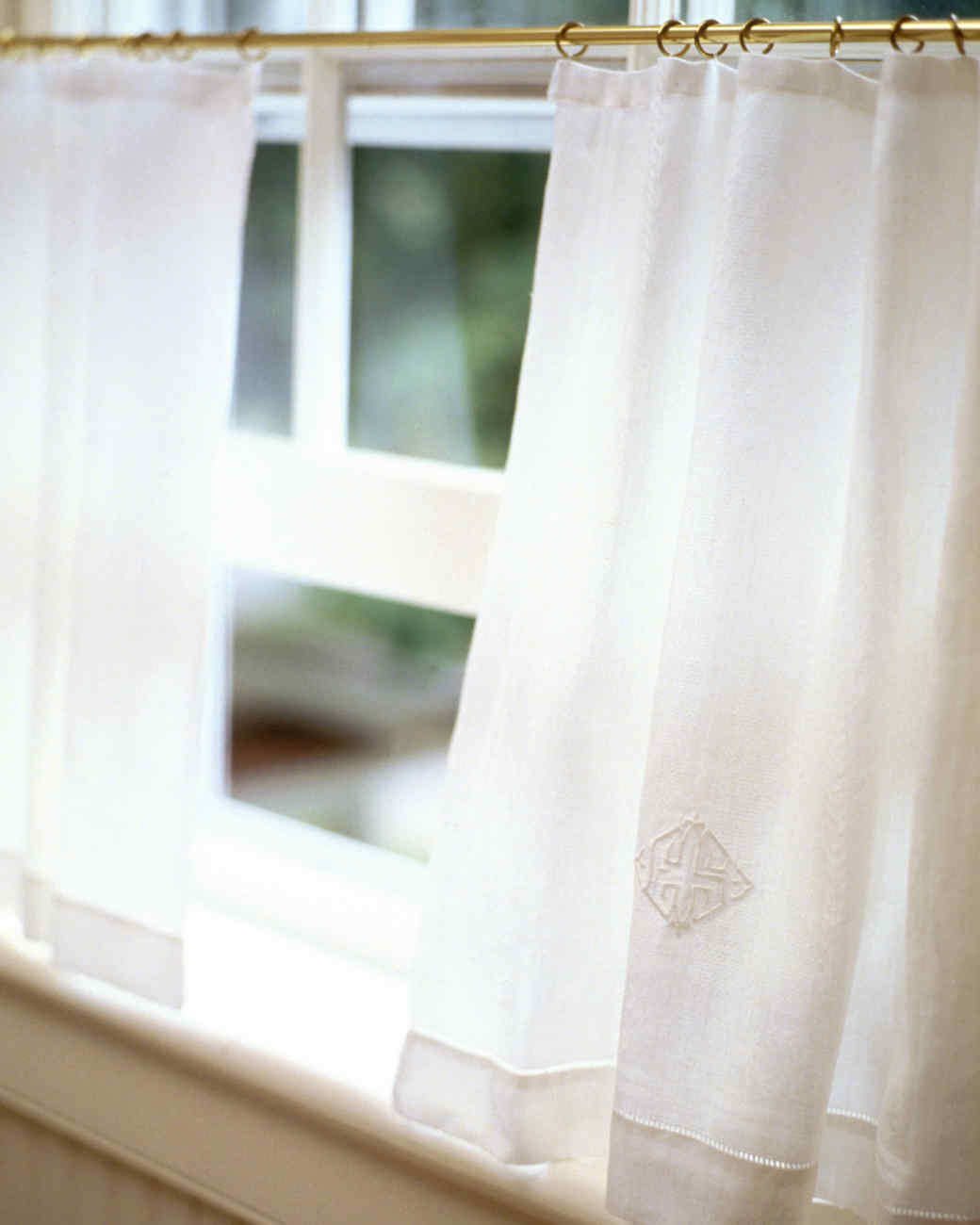 Cafe Curtain | Martha Stewart