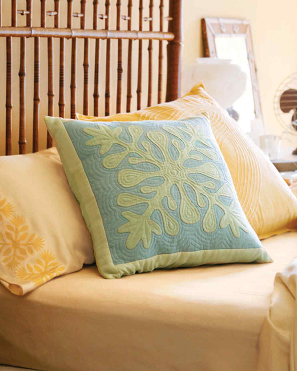 How to Make a Hawaiian Quilted Pillow Cover | Martha Stewart : hawaiian quilt pillows - Adamdwight.com