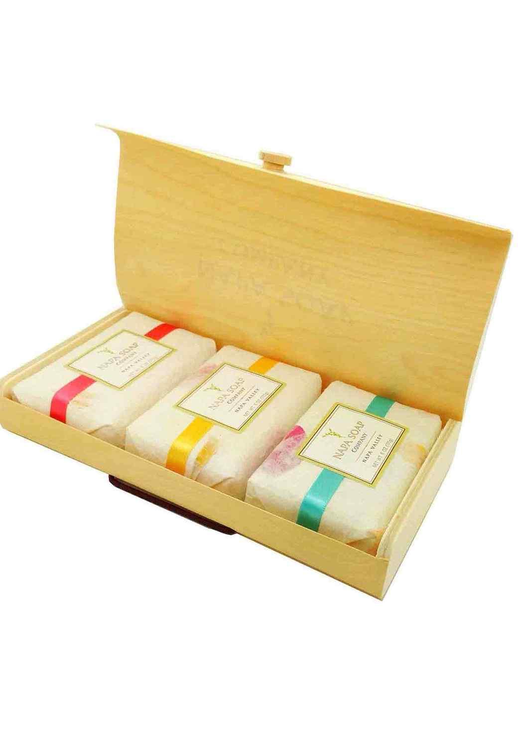 napa-soap-set-1215.jpg (skyword:209221)