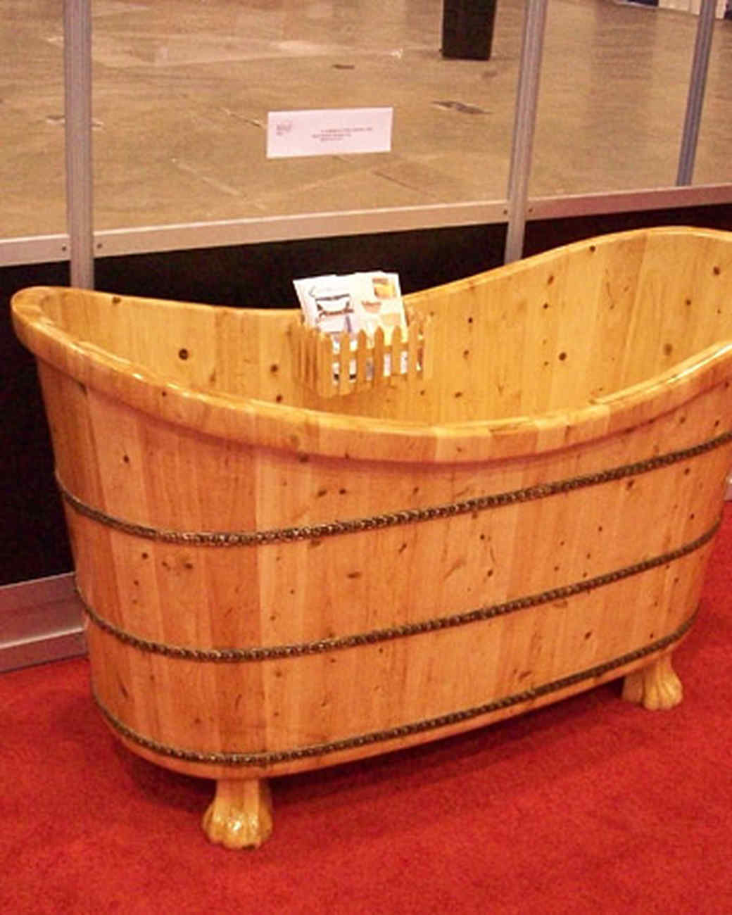 str_bamboo_bathtub.jpg