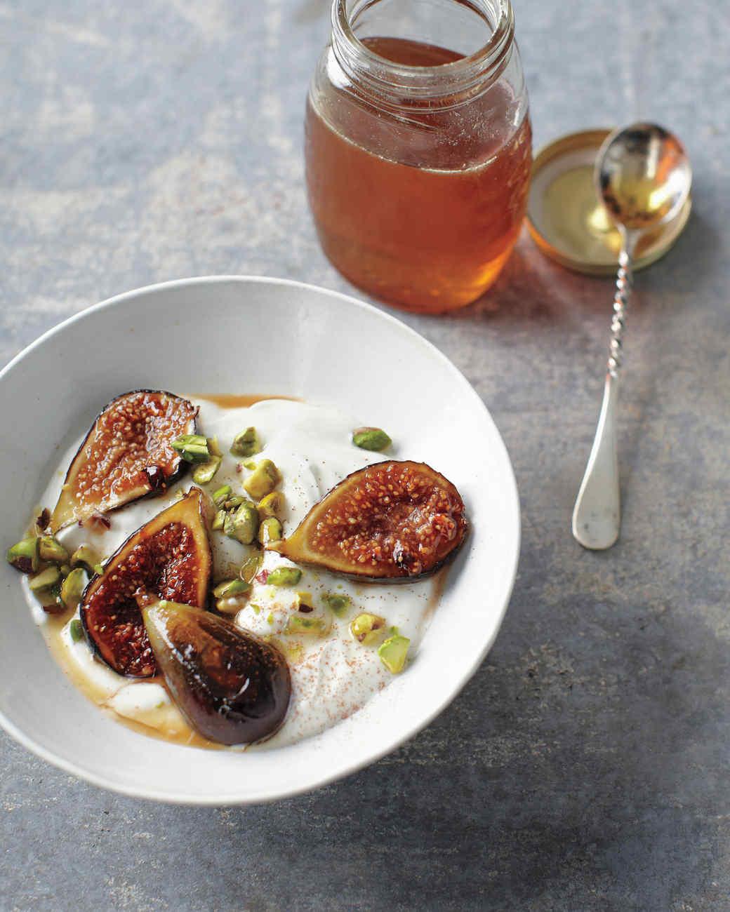 Honey-Caramelized Figs with Yogurt