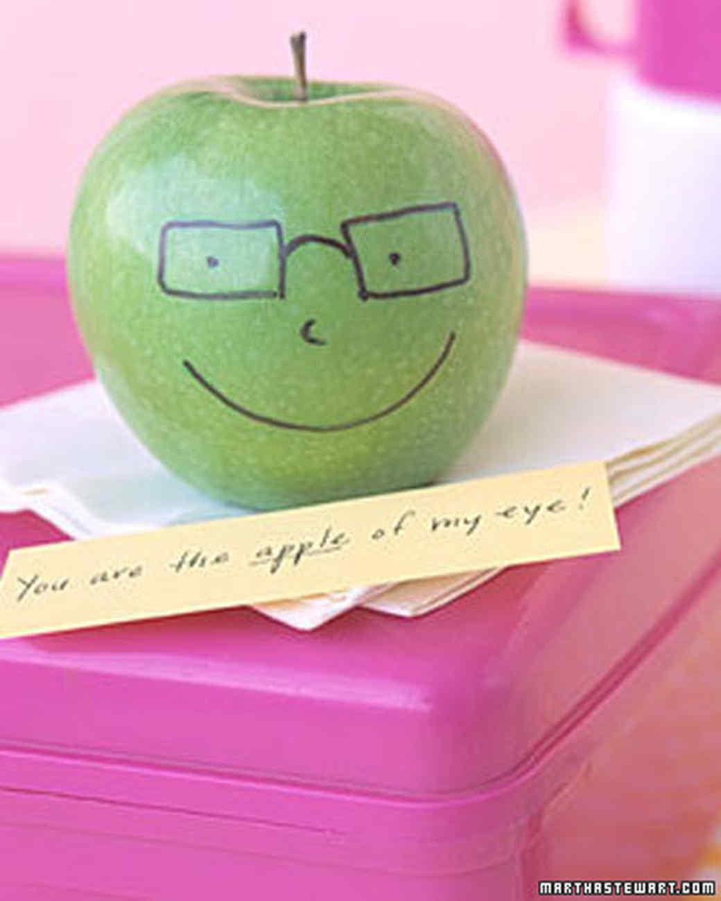 funnyfruit_082506_l.jpg
