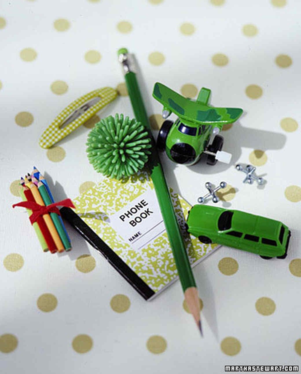 ka100277_hol03_toys.jpg