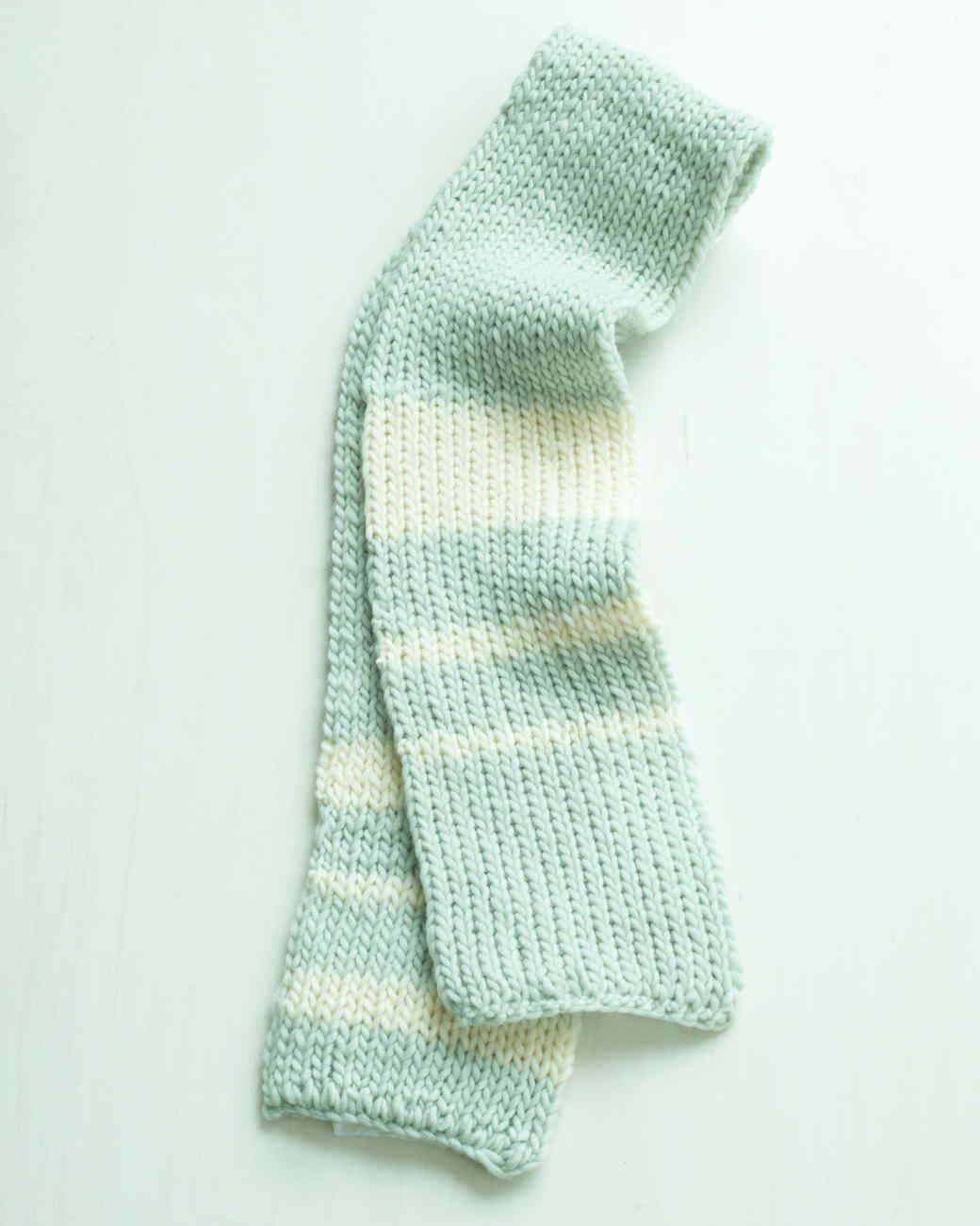 Martha Stewart Crafts Lion Brand® Yarn Roving Wool Loom Double-Knit Rib Scarf