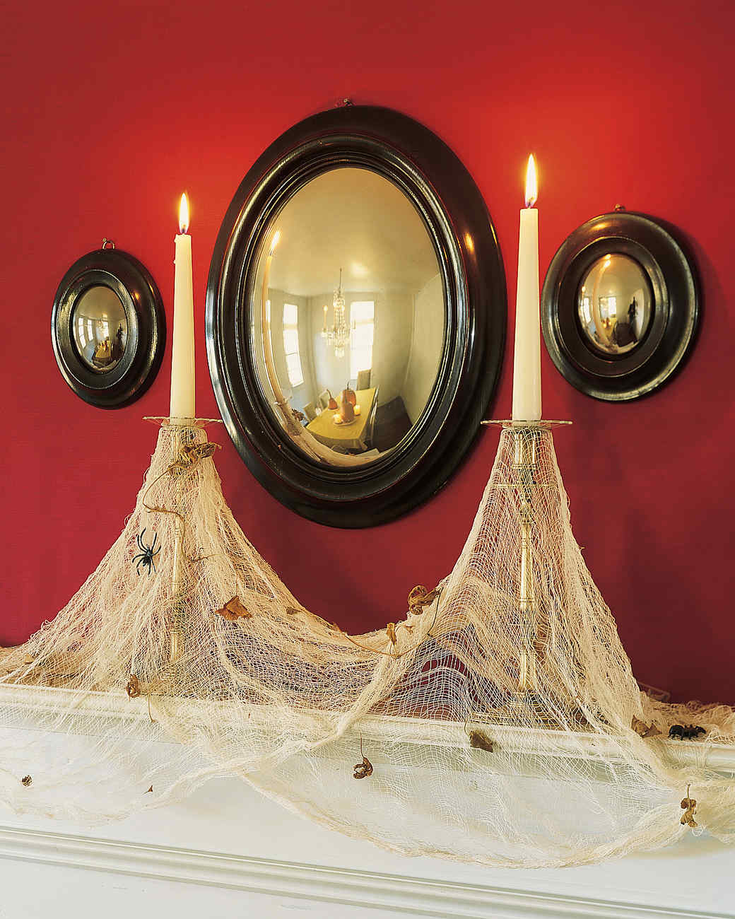 halloween centerpieces and tabletop ideas martha stewart - Halloween Centerpiece Ideas