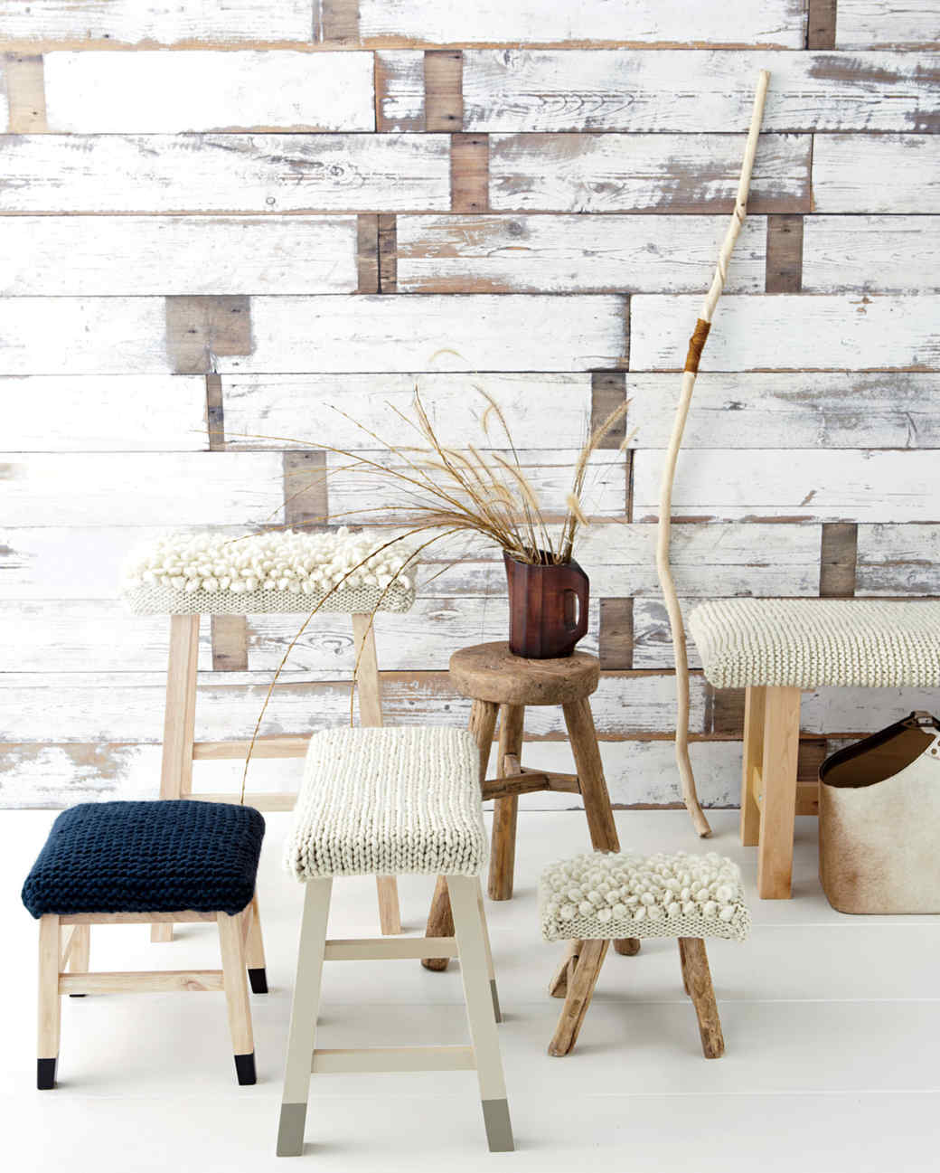 wool-stool-md107386.jpg