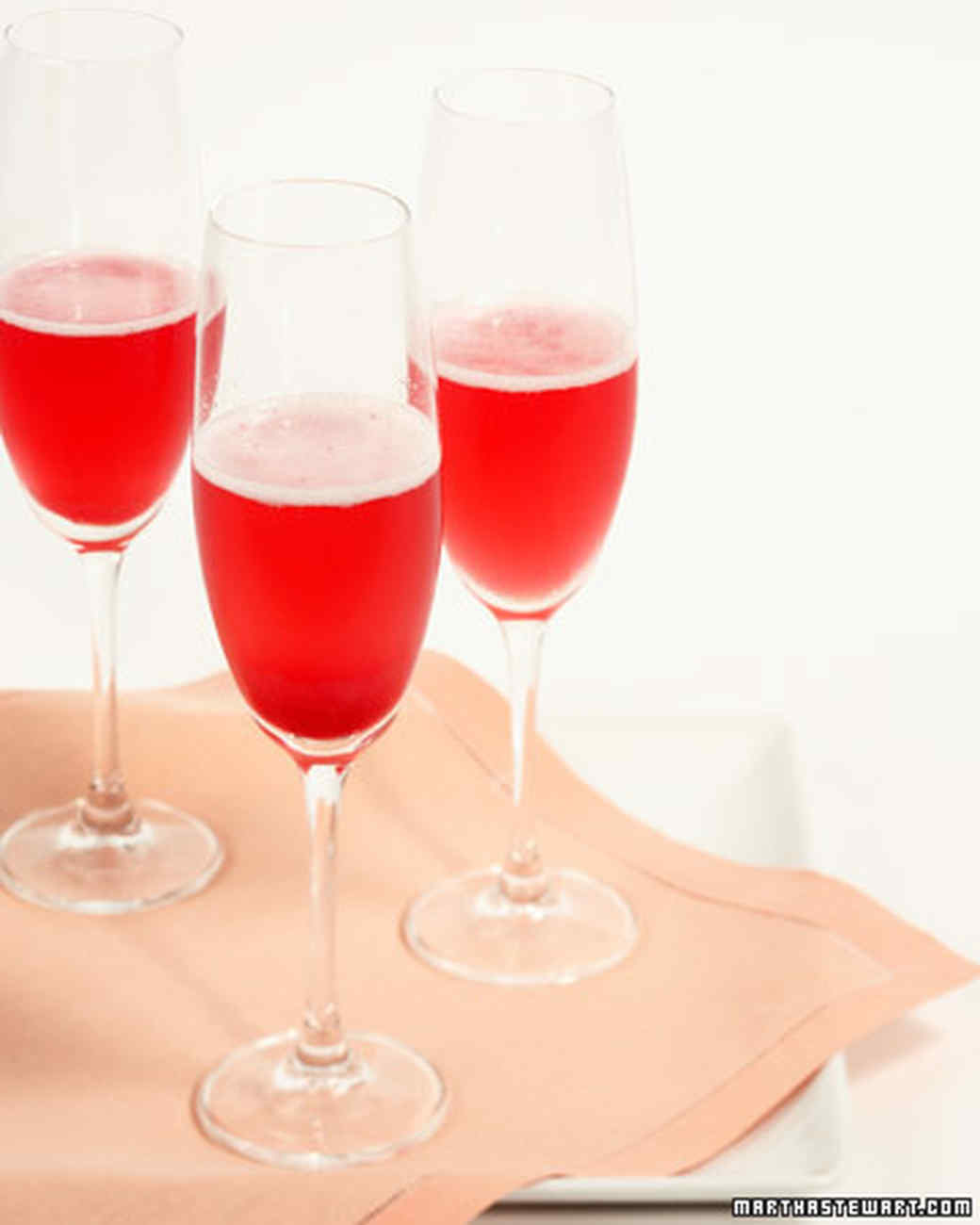 Red currant champagne cocktail recipe video martha stewart for Champagne mixed drinks