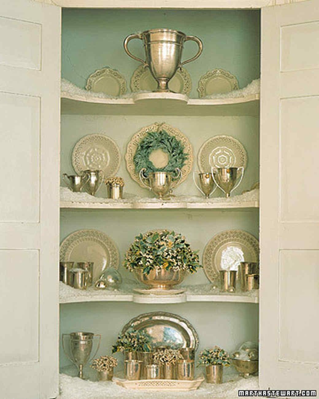 White Christmas: Cedar Wreath