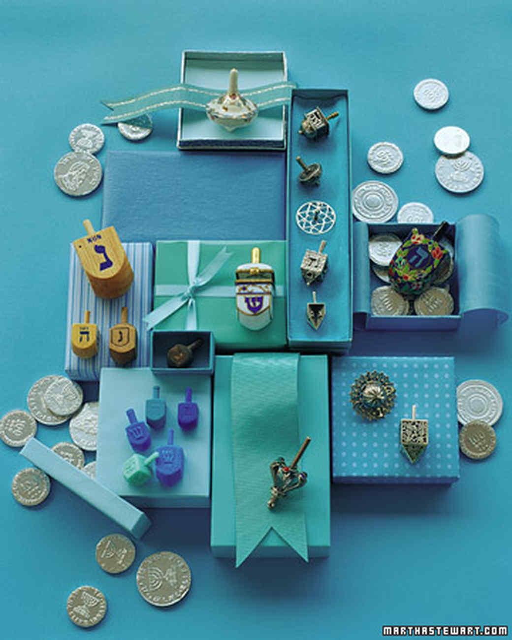 Dreidel Crafts | Martha Stewart