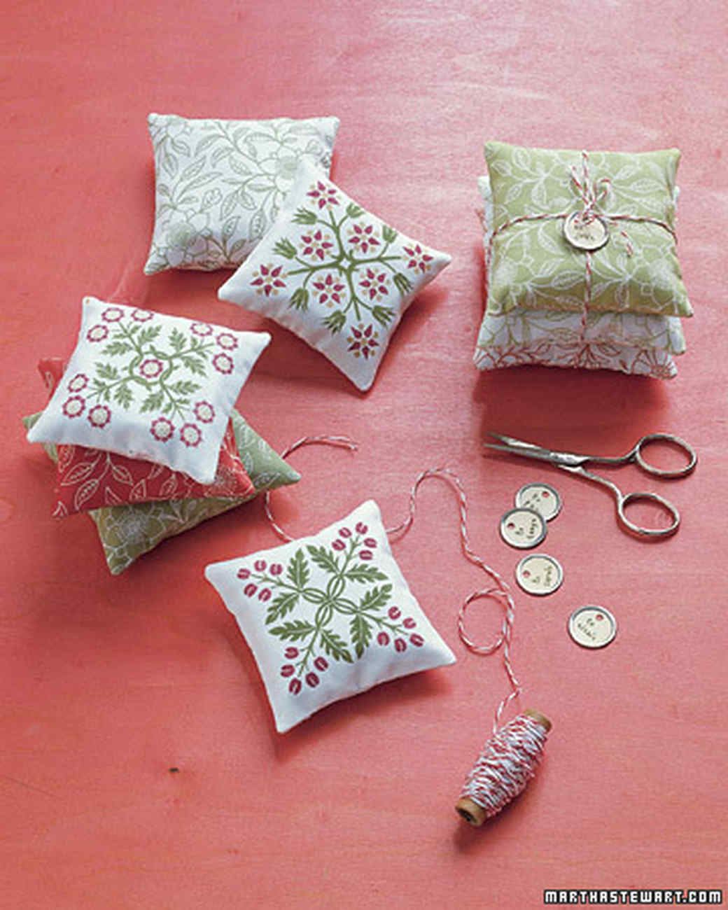 Patterned Sachets