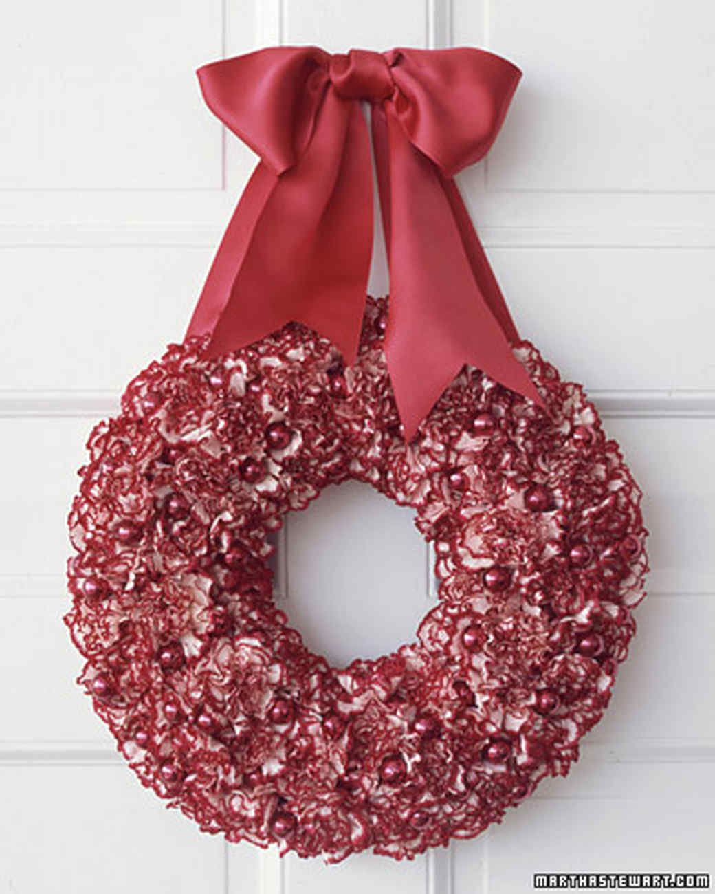 ml101012_1204_wreath.jpg