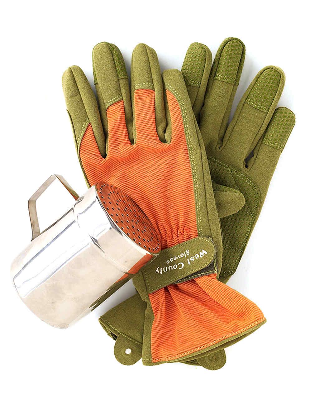 mld104812_0609_glove.jpg