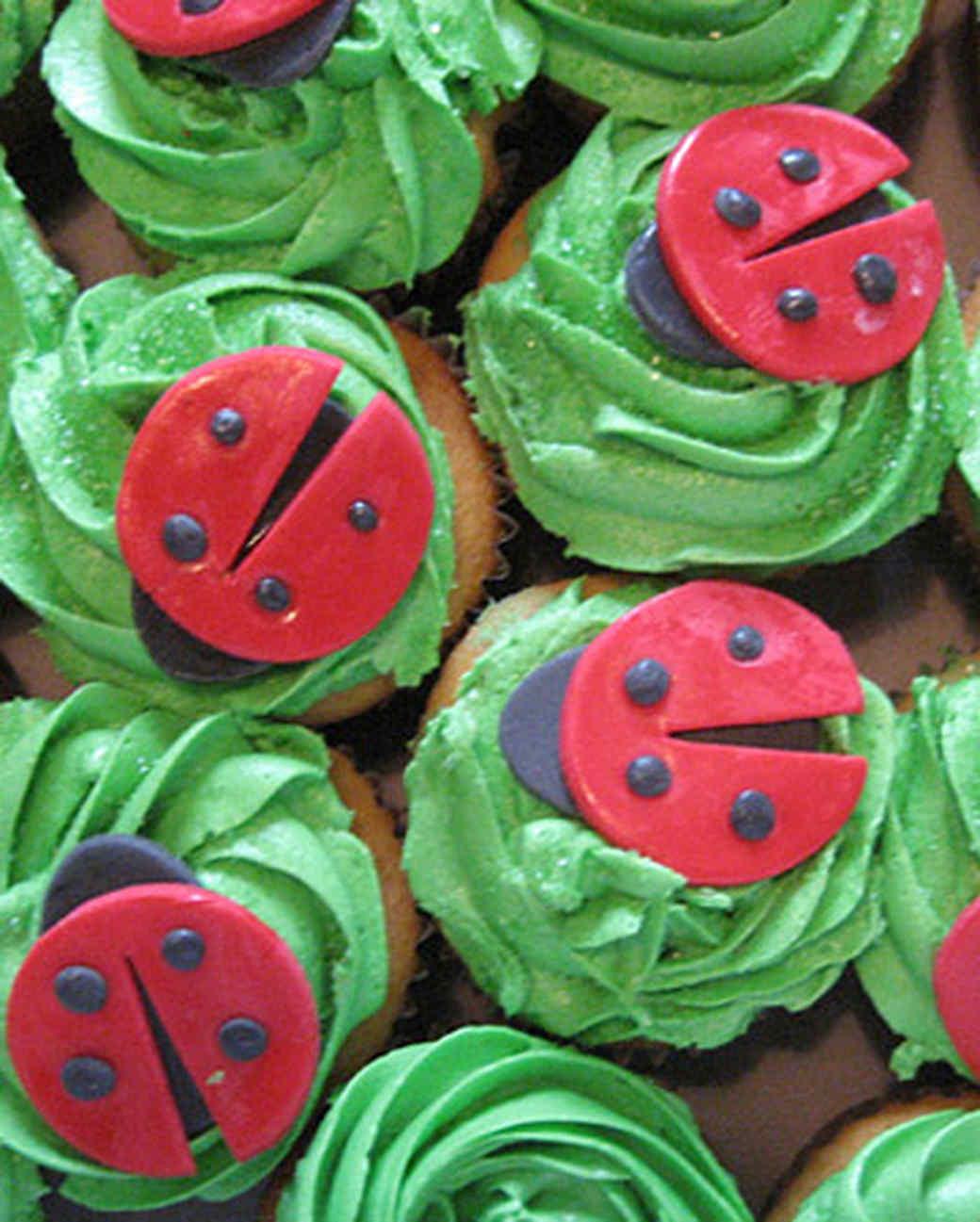 ori00022393_cupcakes.jpg